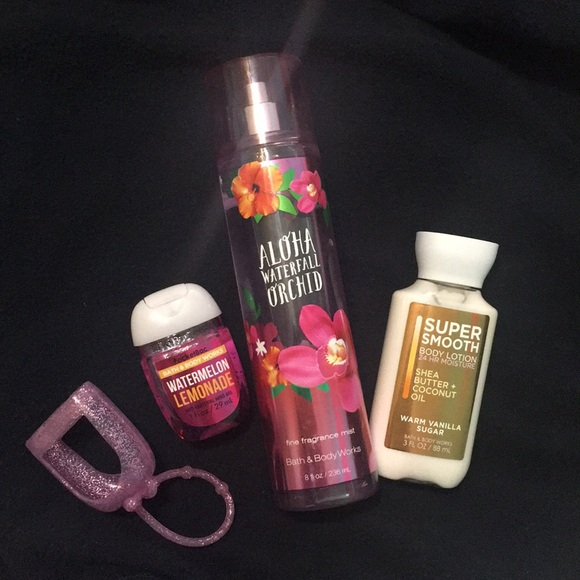 ❗️FINAL PRICE!!❗️ NWT Bath and Body Works Bundle NWT
